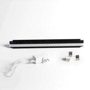 Recessed 2700K Cabinet Linear Light